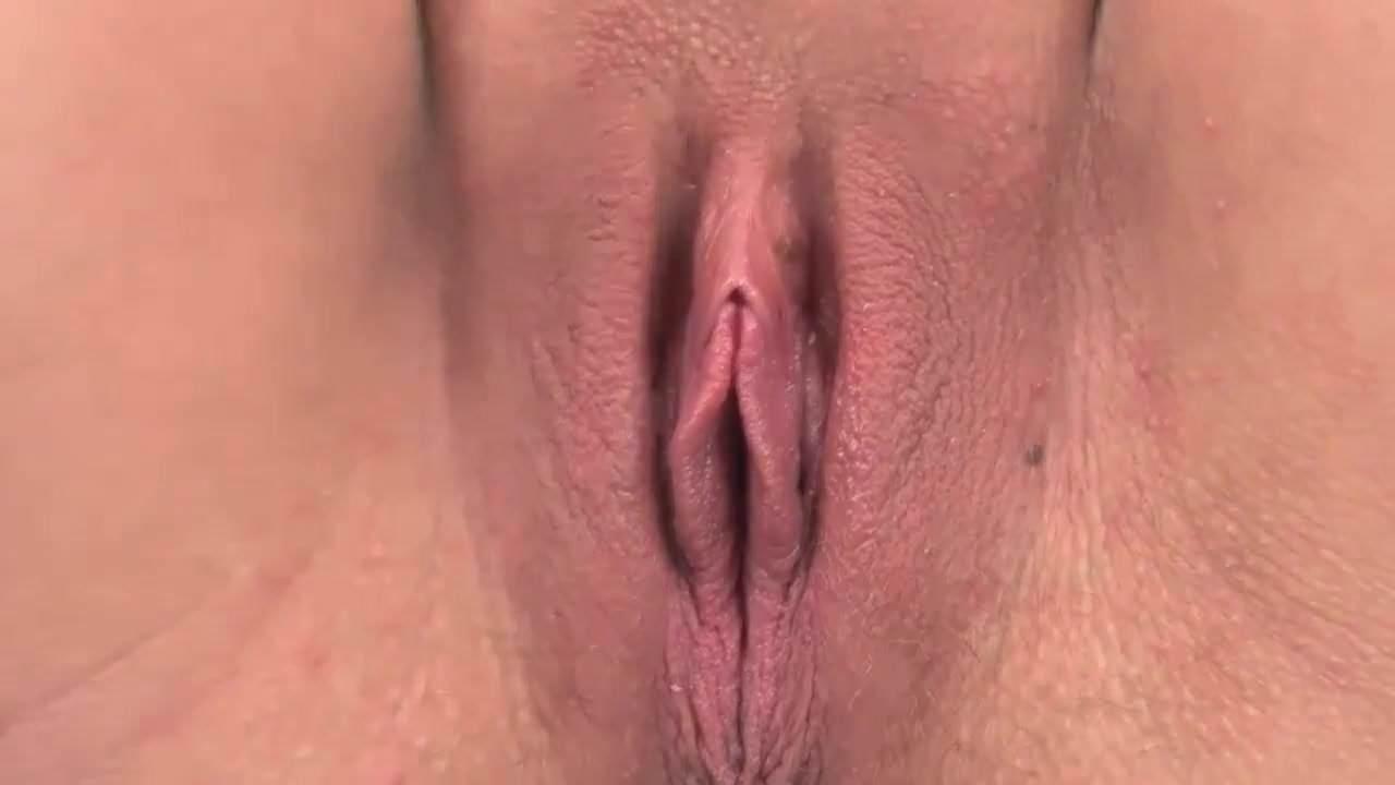 Close pussy Close
