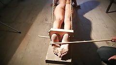 Niewolnik Luna torturowany falaka, bastinado