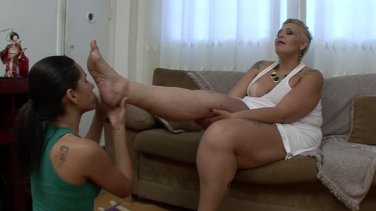 Luna Vera Feet Worship Lesbian