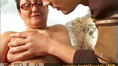 Real amateur Euro mature loves the young guys