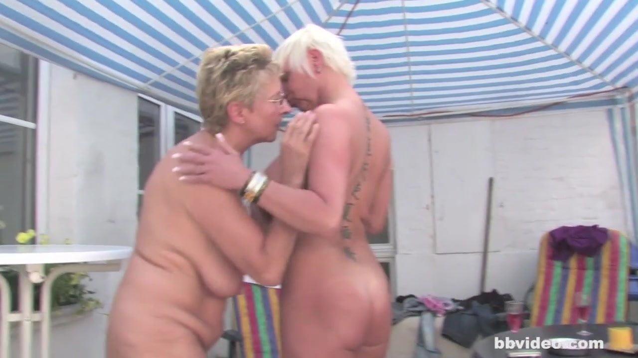 Mature German Lesbian Porn