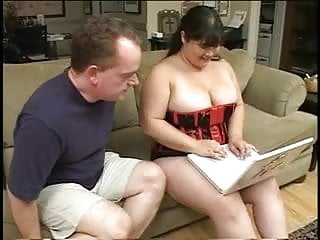 Tranny fucks fat chick Fat chick in corset eats man meat then titty and pussy fucks
