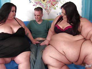Double bottom tanker - Super tanker threesome