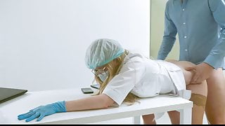 doctor fucked a nurse on his desk
