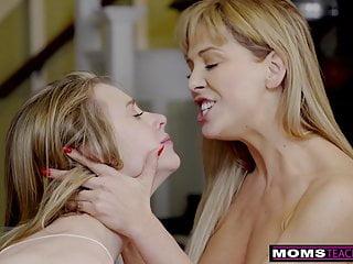 Videos porn free xhamster xHamster. Mom