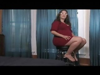 Watch muffy gets mature - Pregnant miss muffy