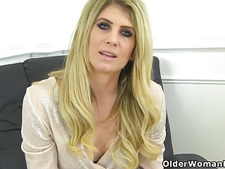 Facial peels products - English milf ashleigh peels off her white pants