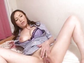 Mature japanese actress - Mature japanese roomservice part2of2 by airliner1