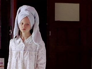 Keirra knightley nude Keira knightley - the hole 2001