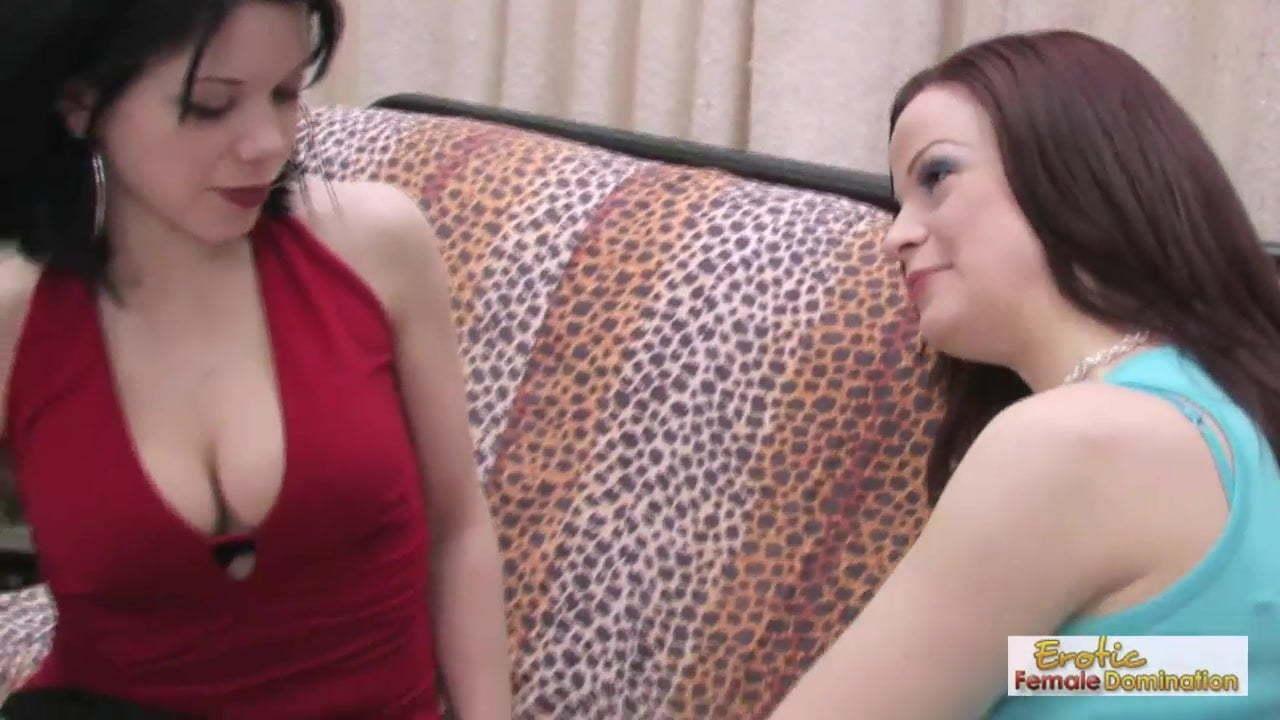 Cougar Milf Lesbian Strapon