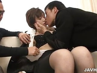 Short-haired asian in limo - Threesome action with short-haired asian lady akina hara