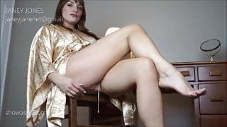 Janey Jones - Makes You Eat Mommy
