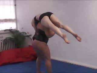 Womens domination wrestling Female wrestling. anna konda beat, dominate and lift a girl.