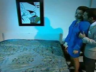 Lucy dello nude Libidine nella villa dello zio guardone scena