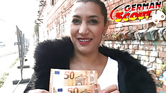 GERMAN SCOUT - REAL CURVY MATURE BERLIN STREET WHORE FUCK