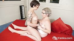 Yanks Lesbians Clementine And Vi Playing