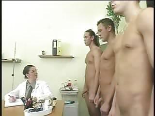 Floppy tits women - Bozena - saggy hangers floppy tits dp in stockings