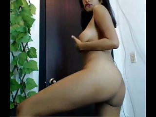 Bottle n pussy Cam girl showing her young nude body n pussy