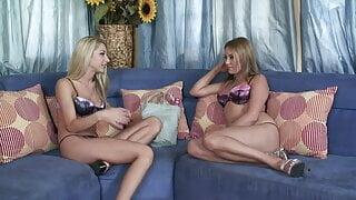2 Schoolgirls test new Sextoys