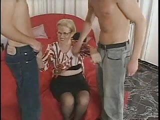 Porn kerl hoden - Oma reicht ein kerl nicht
