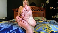 Granny feet joi
