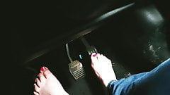 BBW barefoot driving feet pink toes pumping