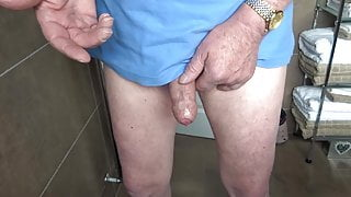 playing with pre cum 21-07