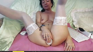 milf toys ass and pussy