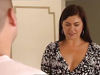 Amanda lambs breasts - Amanda lamb cleavage compilation
