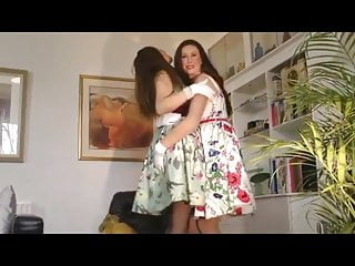 Girdle fetish web sites - Lara and friend in seamed stockings and girdles