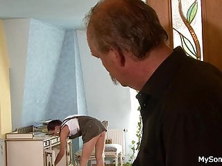 Giving a woman oral pleasure - Older man younger woman oral exchange