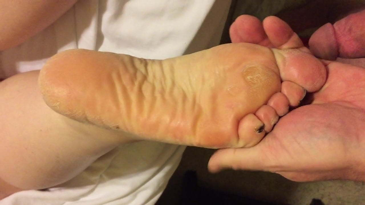Old Mature Feet Worship