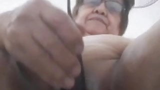 my Filipina granny gf gets very wet and horny with her eggplant dildo