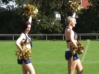 Facial forum free info remember Bekannte tanja und melina cheerleading fuer info pm