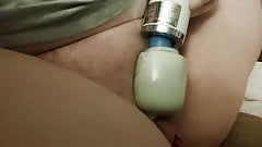 Magic wand vibe makes me cum and squirt