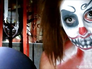 Adult clown halloween costumes Shaye rivers halloween clown masturbation