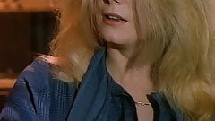 Catherine Deneuve- L'Agression (1975)