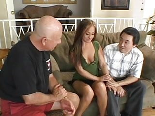 Hugh pricks fucking Papa - married woman gets fucked by two pricks