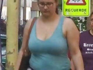 Kareenas boobs in hidden camera Candid boobs in hd
