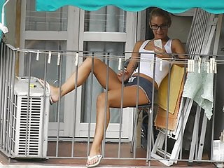 Upskirt x video - Teen neighbor on the balcony x