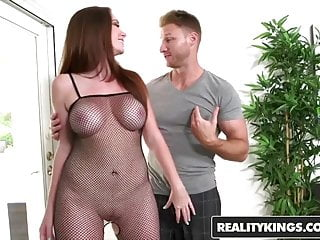 Mileena milf hunter - Realitykings - milf hunter - jessica rayne levi cash