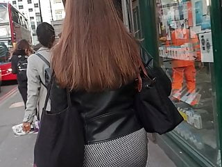 Candid sexy skirt - Sexy ass in skirt legs in tights candid