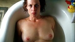 Sigourney Weaver - A Map of the World (1999)