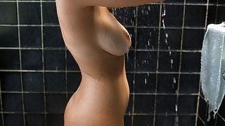 Paulina Gaitan Nude Sexy Body In A Diablo Guardian Series