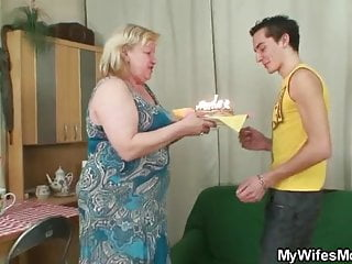Fucking big granny 16 - Wife gets enraged when finds her man fucking big granny
