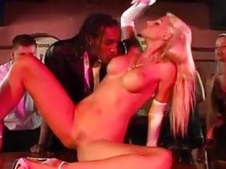 Strip girl pow Strip girl getting her ass fucked by two