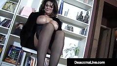 PantyHosed Texas Cougar Deauxma Gives A Hard Cock A Footjob!