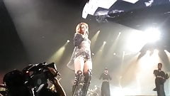 Rihanna -  Cologne 2013 concert clip