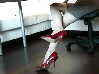 3/4 inch sill cock - 4 inched heels in red