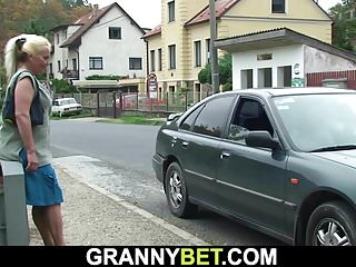 Boy fucking old granny - Hitchhiking old granny and boy fucking outside